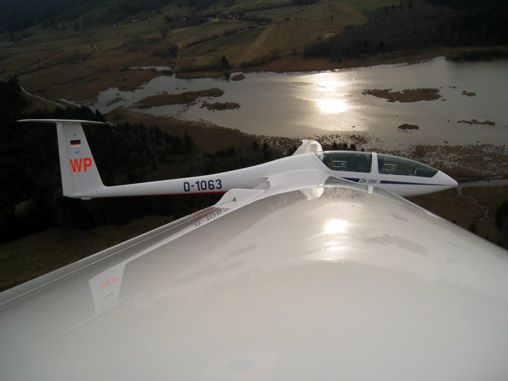 DG 1000S  D-1063