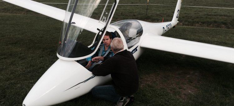 Erfolgreichr Tag heute :) 1. Alleinflug und Praktische Windenprüfung