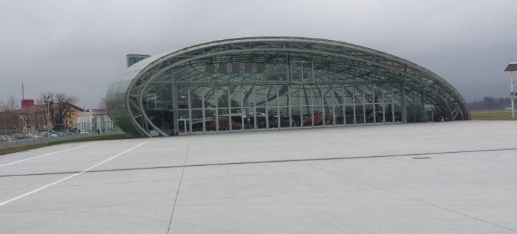 Jugend-Ausflug zu den Flying Bulls nach Salzburg